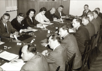 newsroom_3-0308_first-woman-at-the-bank_bsgb-works-council-meeting_3-66_3